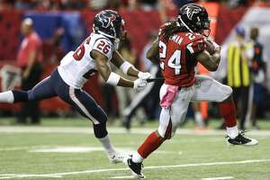 Texans fall to 1-3 after being throttled by Falcons - Photo