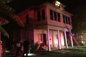 South Side fire leaves two men, dog homeless - Photo