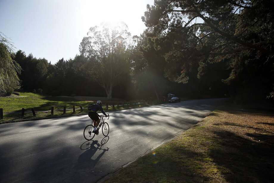 A bicyclist rides through McLaren Park in San Francisco, Calif., on Sunday, October 4, 2015. Photo: Scott Strazzante, The Chronicle