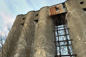 Coal towers in Stratford will come down Wednesday - Photo