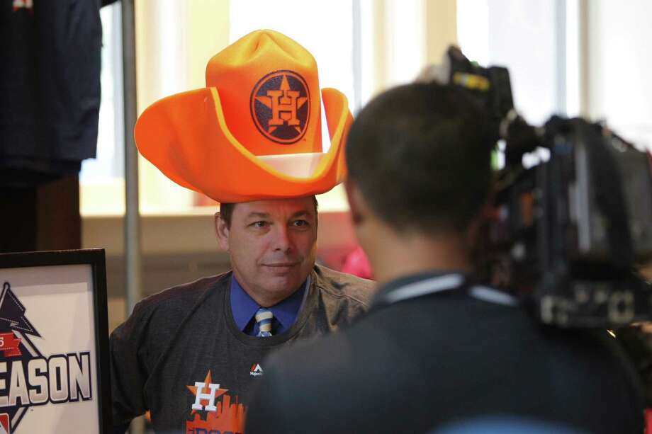 (Slightly) ahead of the curve: KTRK-13 reporter Jeff Ehling wore gear in the Astros store at Minute Maid Park on Monday, October 5. Photo: Steve Gonzales
