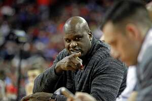 Shaquille O'Neal says he was 'too cool' to shoot free throws underhand - Photo