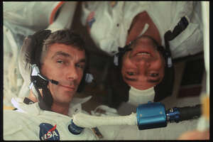 Candid photos of NASA's Apollo astronauts released online - Photo