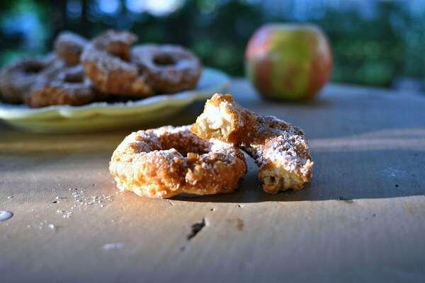 Apple Cider Donuts. (Gretchen McKay/Pittsburgh Post-Gazette/TNS)