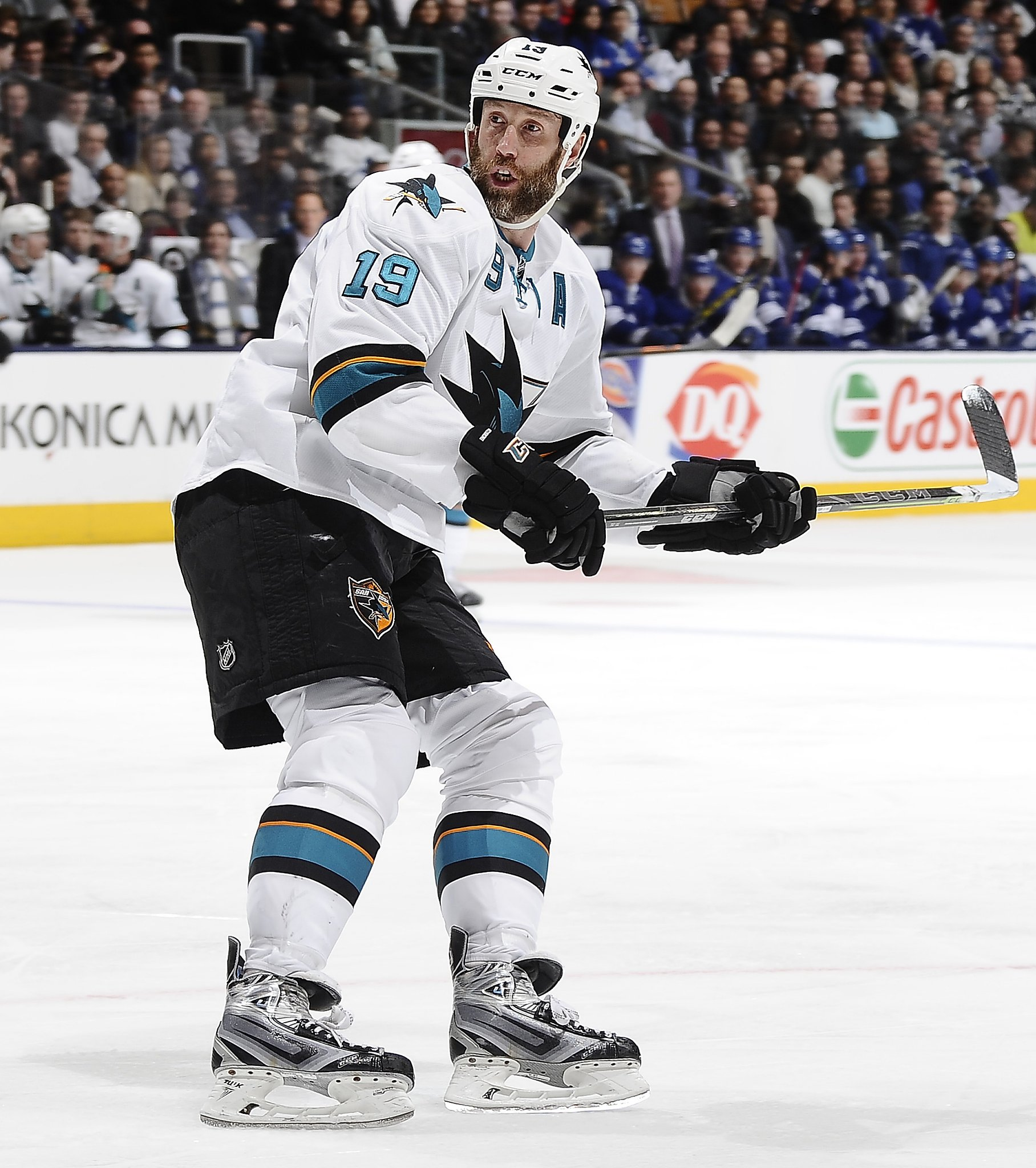 new styles 401f4 04cd4 Sharks' Joe Thornton stands tall by any measure ...