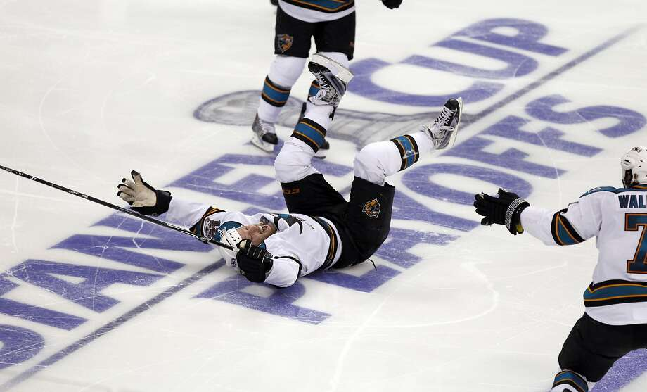 San Jose Sharks center Joe Thornton celebrates after scoring the winning goal against the Los Angeles Kings during overtime of Game 6 of a first-round NHL Stanley Cup playoff hockey series in Los Angeles, Monday, April 25, 2011. (AP Photo/Chris Carlson) Photo: Chris Carlson, ASSOCIATED PRESS