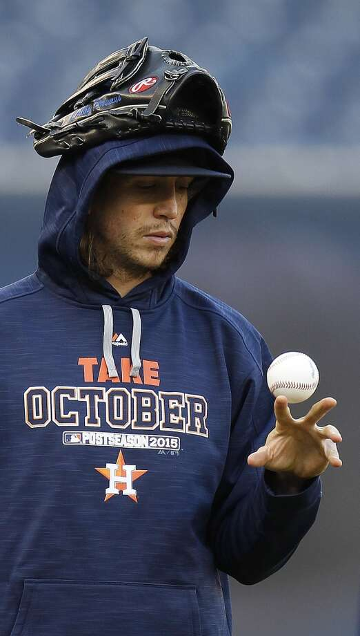 Houston Astros left fielder Colby Rasmus plays with a ball during batting practice at Yankee Stadium on Monday, Oct. 5, 2015, as they prepare for Tuesday's American League Wild Card game in New York. ( Karen Warren / Houston Chronicle ) Photo: Houston Chronicle