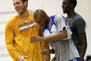 Walton shakes off nerves as Warriors prep to open exhibition season - Photo