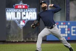 Dallas Keuchel prepares for the uncharted waters of postseason play - Photo