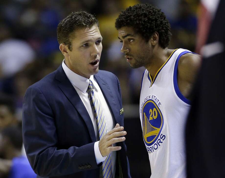 buy popular cadcc 2d51b Golden State Warriors interim head coach Luke Walton gives instructions to  James Michael McAdoo (20