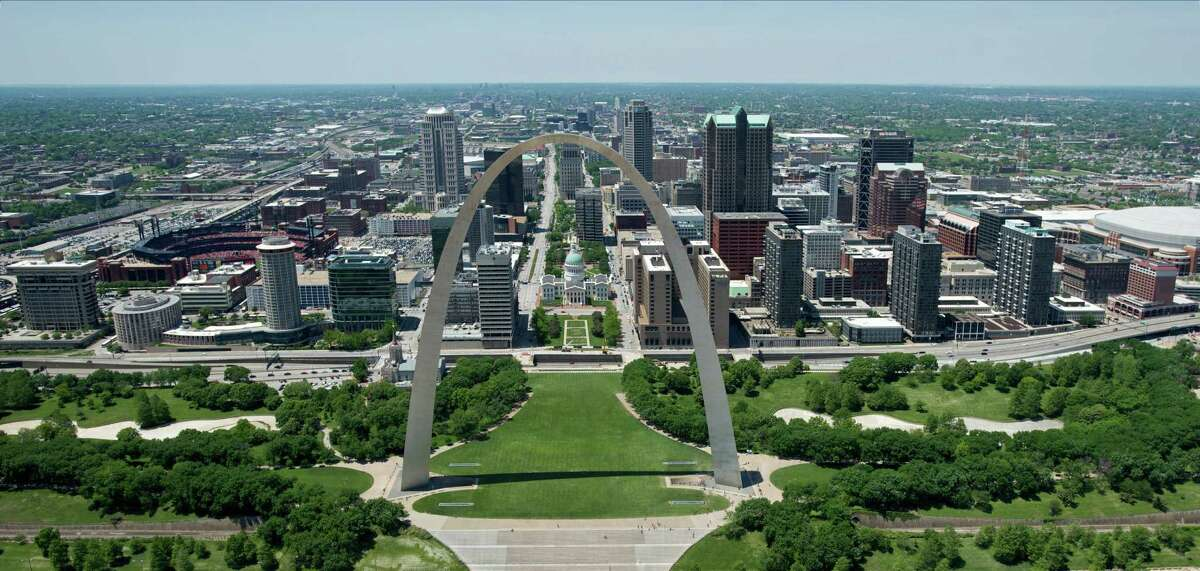 18. St. Louis, Missouri Average commute time: 45.67 minutes Commute stress rank: 25