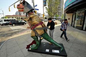 Stamford dinosaurs up for auction - Photo