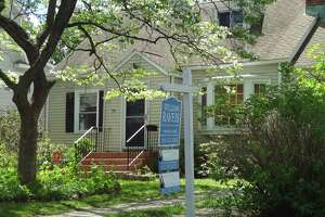 Home sales jump 20 percent in Conn. - Photo