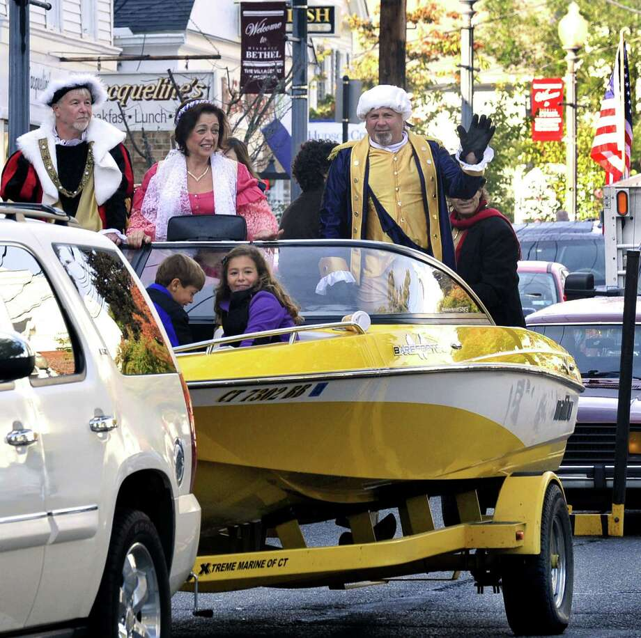 Bethel celebrates its 30th Columbus Day Observance Parade Monday, Oct. 8, 2012, as Christopher Columbus, Queen Isabella and George Washington ride in a motorboat on Greenwood Avenue. Photo: Michael Duffy / File Photo / The News-Times