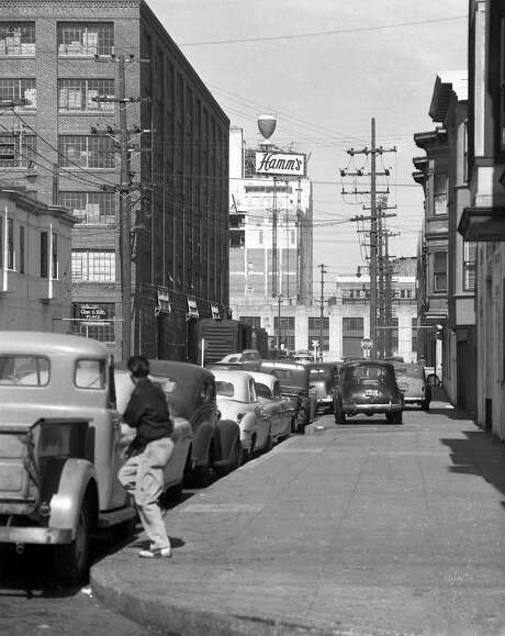 The Hamm's Brewery when it opened at 1550 Bryant St. in San Francisco on June 24, 1954. Photo: Bob Campbell, The Chronicle