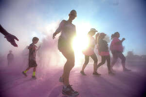 Unseen photos from the Color Run - Photo