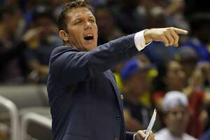 Interim head-coaching duties have laidback Luke Walton a little restless - Photo
