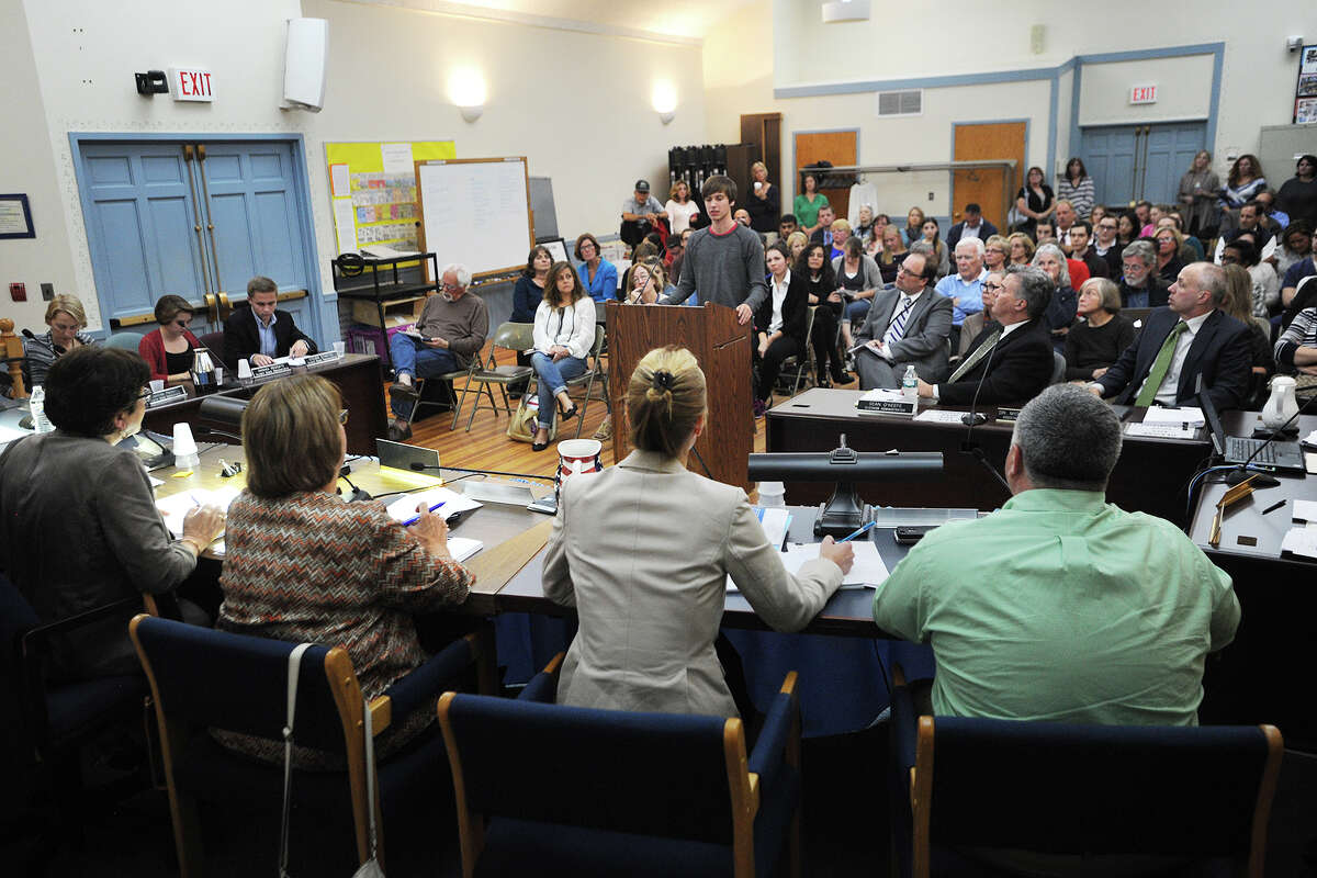 Students and parents pack the Trumbull Board of Education meeting to speak in support of fired Trumbull High School substitute teacher Joseph Rodgers at the Long Hill Administration Building on Tuesday.
