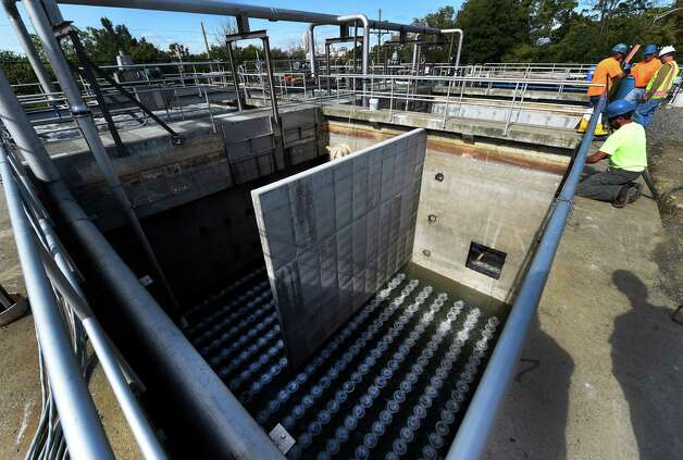 The new bubbler system being installed and tested at the East Greenbush Water Treatment Plant Tuesday afternoon Oct. 6, 2015 in East Greenbush, N.Y.      (Skip Dickstein/Times Union) Photo: SKIP DICKSTEIN / 10033638A