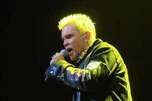 Billy Idol brings his rebel yell to Houston - Photo