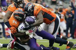 Raiders' focus not on Peyton Manning, but Denver's elite defense - Photo