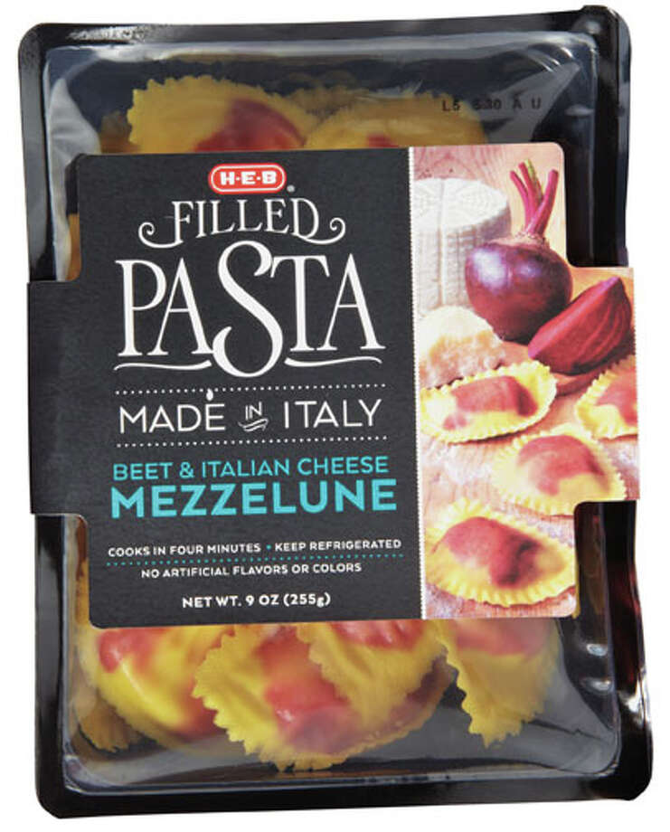 Through an agreement with the Italian Trade Agency, Texas H-E-Bs will carry more than 3,000 Italian imports. The new groceries will be showcased at local stores until October 17. Photo: Owners Name, H-E-B / Copyright:Quad/Graphics, Inc.