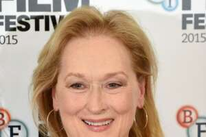 Meryl Streep criticized by activists over 'slave' T-shirt - Photo