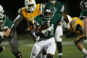 Campus Watch: Matthias McKinnon enjoys career day for Wagner football - Photo