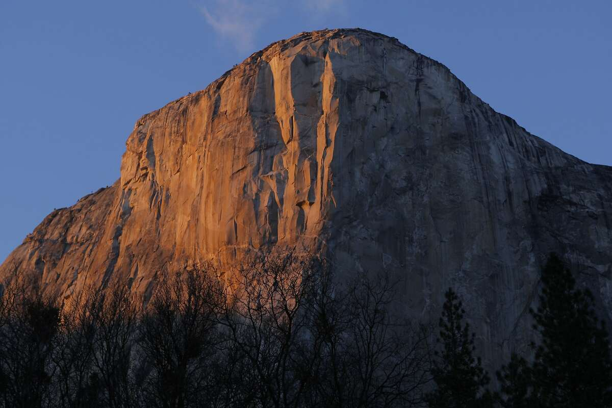 Dusk's alpenglow on El Capitan in Yosemite National Park