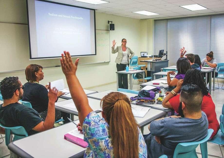 UH-Downtown offers Criminal Justice undergraduate classes in Houston. / John Everett
