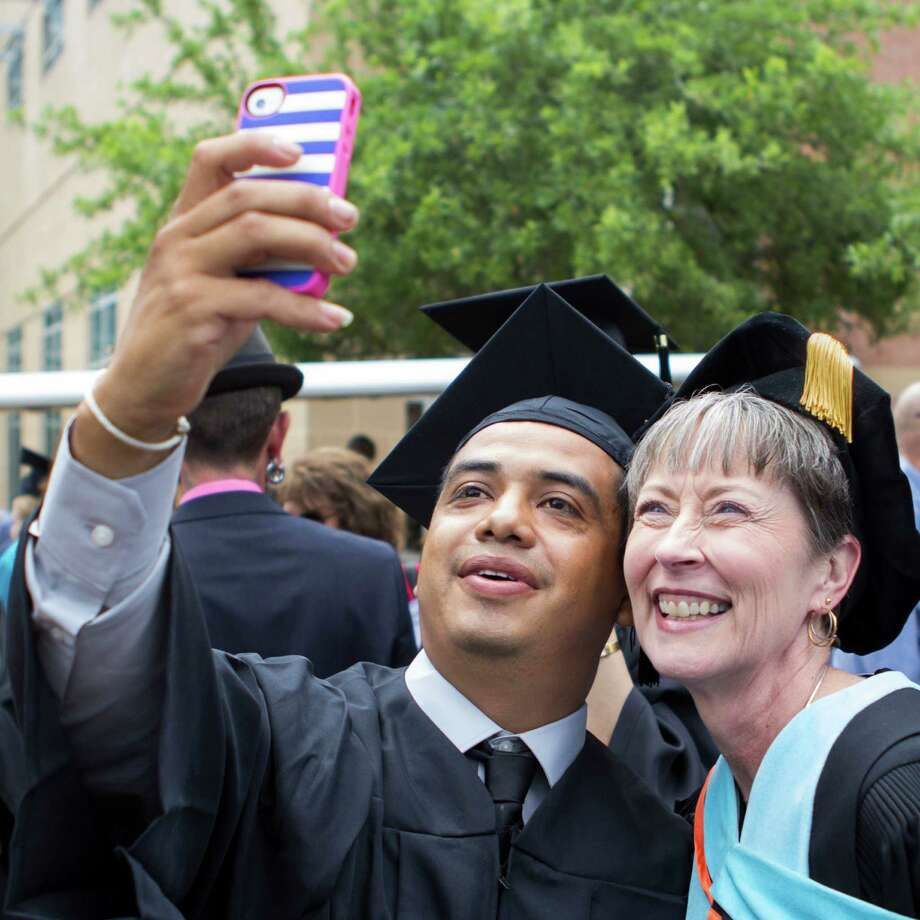 Students can put themselves in the picture of success with Lone Star College.