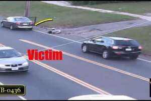 Bridgeport cops looking for suspect who lured teen into car in sex assualt - Photo