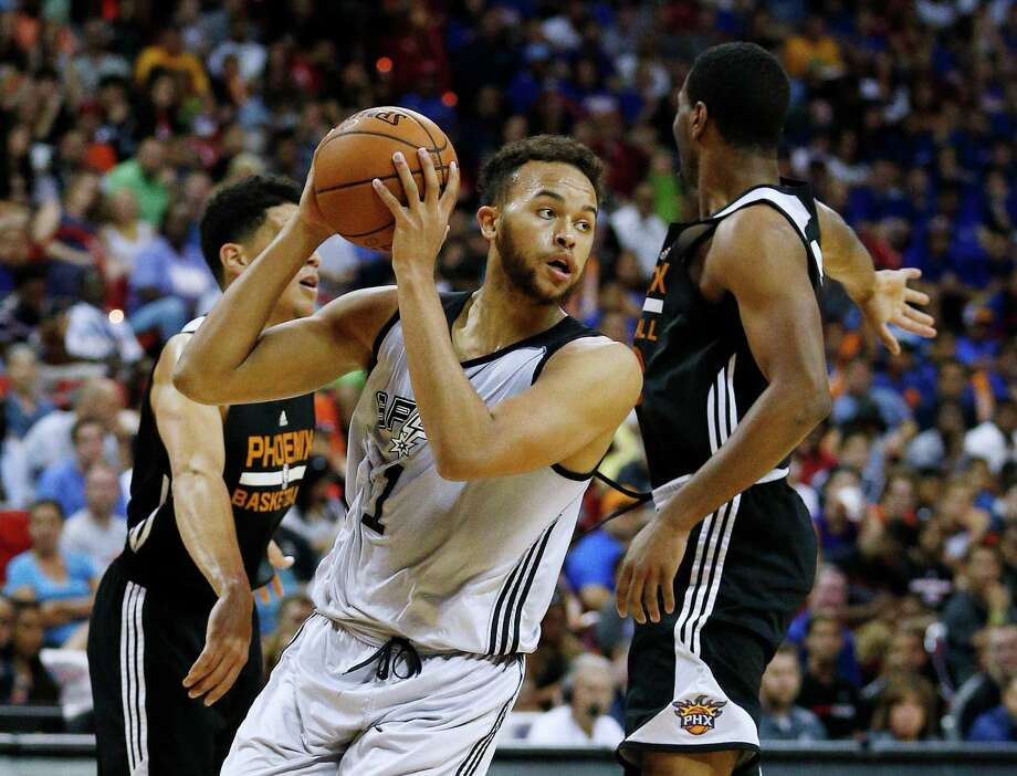 Kyle Anderson led the Spurs summer team to the NBA summer league title in 2015 and has some new faces joining the squad in 2016. Photo: John Locher /Associated Press / AP