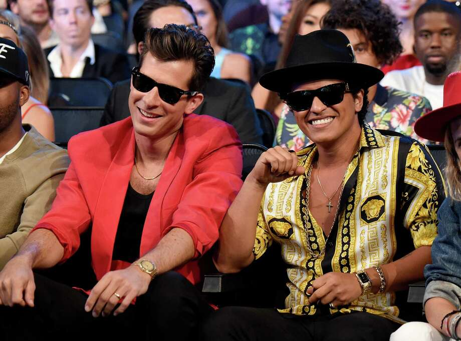 LOS ANGELES, CA - AUGUST 30:  Mark Ronson and Bruno Mars accept award onstage during the 2015 MTV Video Music Awards at Microsoft Theater on August 30, 2015 in Los Angeles, California.  (Photo by Kevin Mazur/MTV1415/WireImage) Photo: Kevin Mazur/MTV1415 / 2015 Kevin Mazur/MTV1415