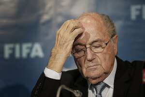 Report: FIFA to suspend Sepp Blatter for up to 90 days - Photo