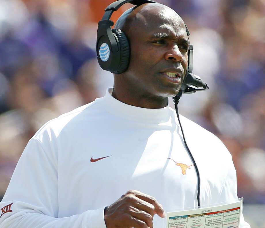 Texas head coach Charlie Strong watches from the sidelines during the second half of an NCAA college football game against TCU, Saturday, Oct. 3, 2015, in Fort Worth, Texas. Photo: Ron Jenkins /Associated Press / FR171331 AP