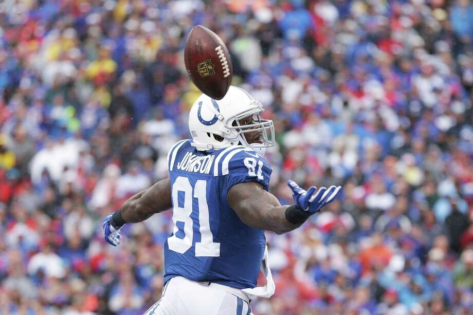 Andre Johnson of the Indianapolis Colts can't make a catch on a two point conversion against the Buffalo Bills during the second half at Ralph Wilson Stadium on Sept. 13, 2015 in Orchard Park, New York. Photo: Brett Carlsen /Getty Images / 2015 Getty Images