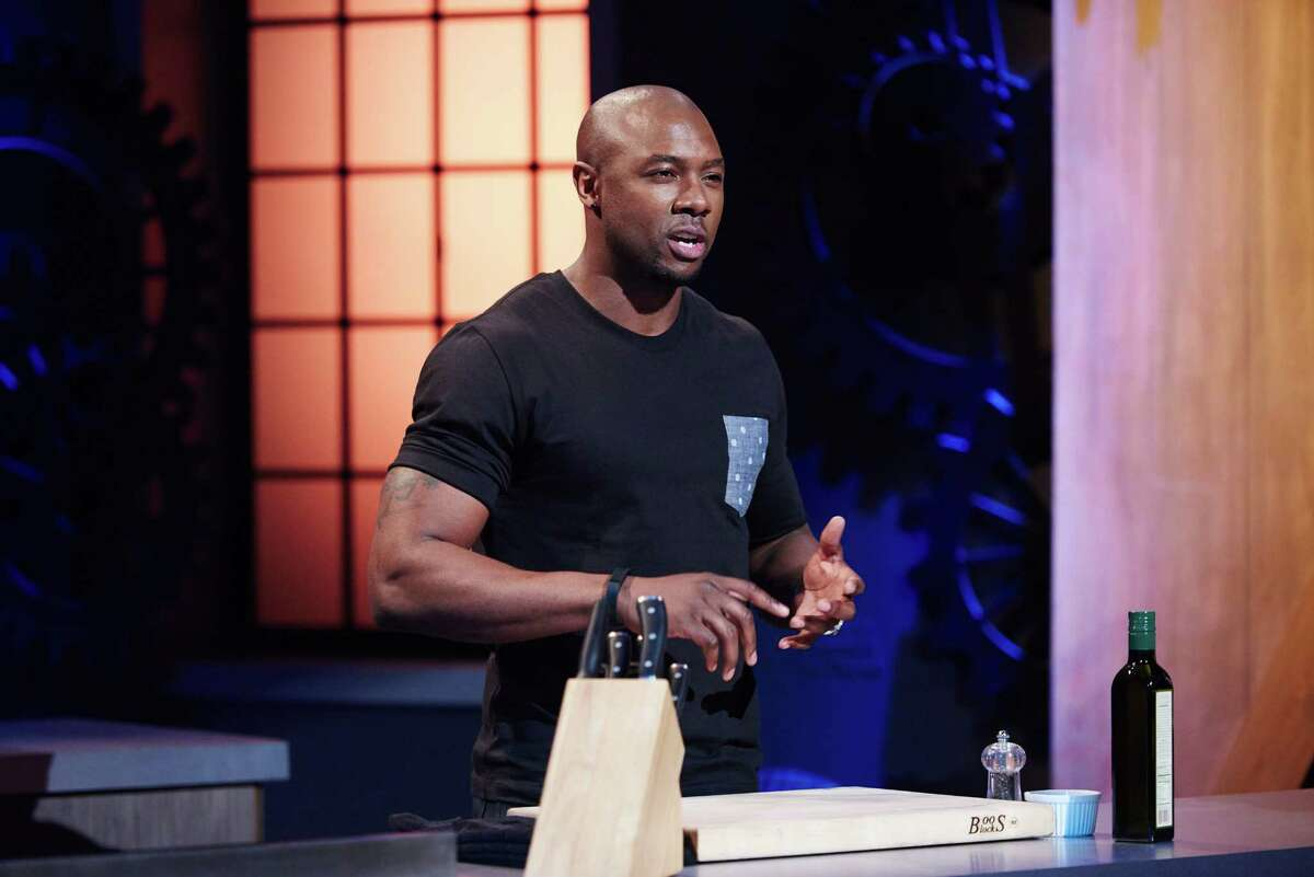 Houston personal trainer and food truck owner Eddie Jackson is the winner of Season 11 of Food Network Star. Finalist Eddie Jackson being filmed for the Mentor Challenge, Introductory Videos, as seen on Food Network Star, Season 11.