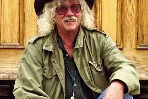 "Arlo Guthrie, with ""Alice,"" headed to Albany - Photo"