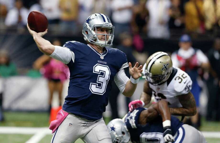Dallas Cowboys quarterback Brandon Weeden passes in the first half ofagainst the New Orleans Saints in New Orleans, Sunday, Oct. 4, 2015. Photo: Jonathan Bachman /Associated Press / FR170615 AP
