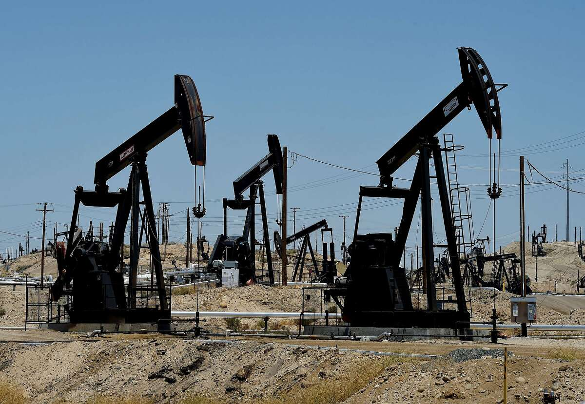 This June 24, 2015 file photo shows pumping Jacks at the Chevron section of the Kern River Oil Field near Bakersfield, California. Oil prices recovered some lost ground on August 25, 2015 after a sharp fall sparked by worries about China's faltering economy, the world's largest energy consumer. US benchmark West Texas Intermediate (WTI) for October delivery rose $1.07 to $39.31 a barrel on the New York Mercantile Exchange, after finishing below $40 Monday for the first time in six years. AFP PHOTO/ MARK RALSTONMARK RALSTON/AFP/Getty Images