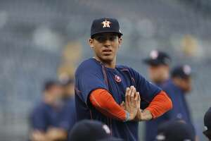 Live: Astros face Royals in Game 1 - Photo