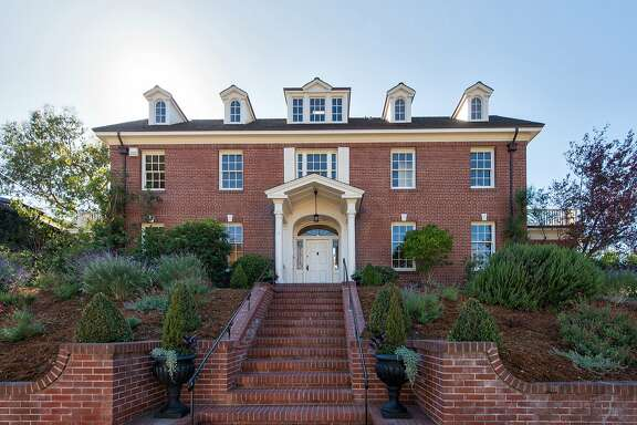 1 Eucalyptus Road in Berkeley is a Colonia Revival designed by Julia Morgan and completed in 1920.