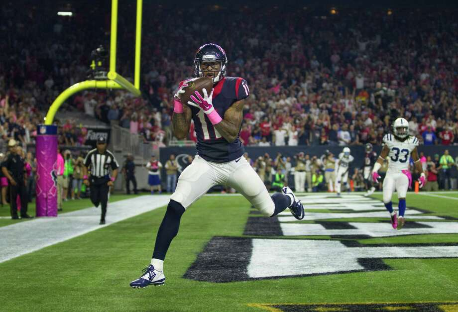 Texans wide receiver Jaelen Strong (11) makes an 11-yard touchdown reception, his second of the night, during the third quarter. Photo: Brett Coomer, Staff / © 2015  Houston Chronicle