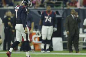 Frustration mounts for 1-4 Texans: 'We're not happy, obviously' - Photo