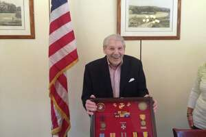 Stamford veteran presented WWII medals - Photo