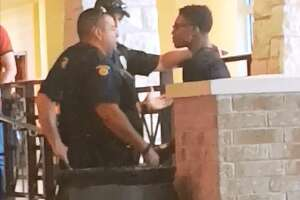 Video: Central Texas cop chokeslams high school student - Photo