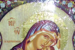 'Weeping' icon coming to Bridgeport - Photo