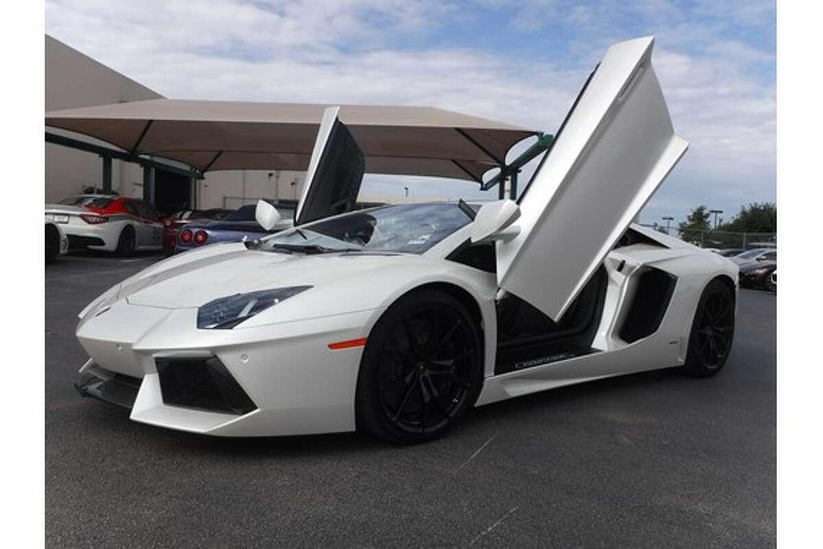 1.2015 Lamborghini Aventador Price: $449,900 Year: 2015