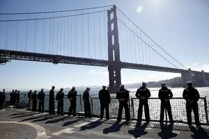 Thousands pack S.F. waterfront for Fleet Week's ships and jets - Photo